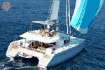 Photo of crewed charter sailing catamaran Copper Penny
